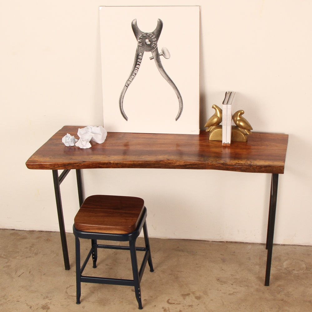 1_Natural_Edge_Desk_10